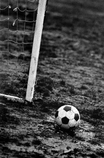 Part Of「Soccer ball in the mud and the edge of a goal」:スマホ壁紙(13)