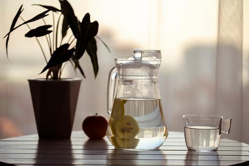 Lemon Soda「lemonade on table」:スマホ壁紙(0)