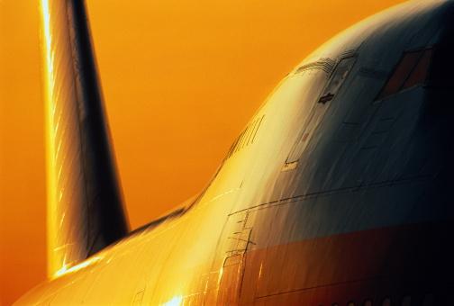 Passenger「Boeing 747 passenger aircraft at sunset, close-up」:スマホ壁紙(17)