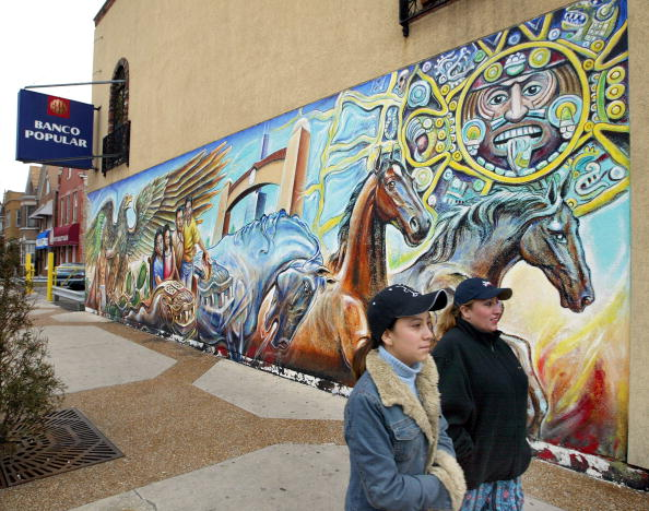 Latin American and Hispanic Ethnicity「Mexican Immigrants Retain Homeland Culture In U.S.」:写真・画像(18)[壁紙.com]