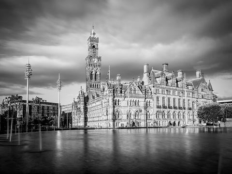 19th Century「Bradford Town Hall」:スマホ壁紙(2)