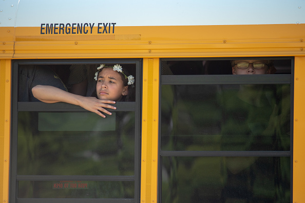 Bus「Two Critically Injured In School Shooting In Indiana」:写真・画像(3)[壁紙.com]