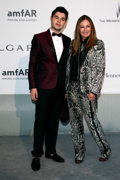 Eva Cavalli「amfAR's 21st Cinema Against AIDS Gala, Presented By WORLDVIEW, BOLD FILMS, And BVLGARI - Red Carpet Arrivals」:写真・画像(0)[壁紙.com]