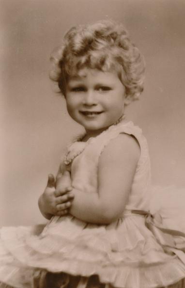 Young Adult「A Royal Smile HRH Princess Elizabeth」:写真・画像(8)[壁紙.com]
