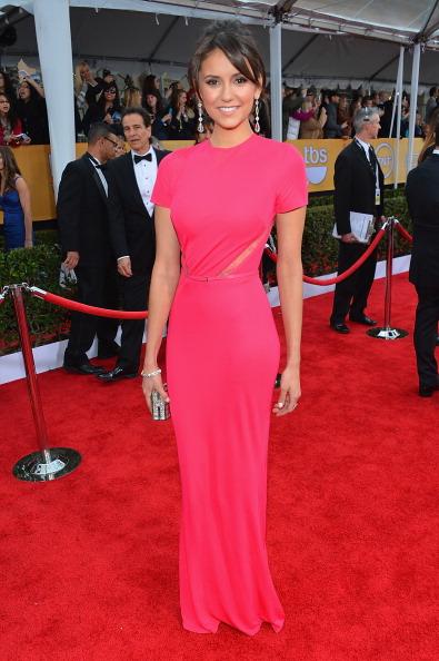 Sleeved Dress「19th Annual Screen Actors Guild Awards - Red Carpet」:写真・画像(5)[壁紙.com]