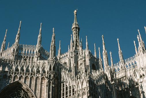 Piazza Del Duomo - Milan「Spires of Milan Duomo」:スマホ壁紙(12)