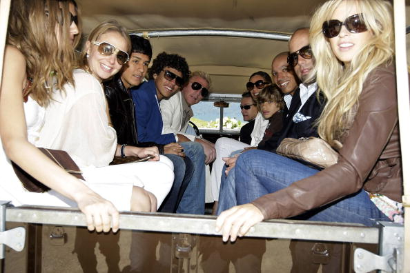 Mode of Transport「Wedding Brunch At El Paradiso」:写真・画像(3)[壁紙.com]