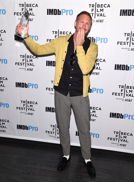 Tribeca「Alexander Skarsgård Receives The IMDb STARmeter Award At The 2019 Tribeca Film Festival After Party For The Kill Team Hosted By IMDbPro」:写真・画像(5)[壁紙.com]