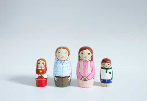 Doll「A set of Matryoshka Dolls of family」:スマホ壁紙(0)