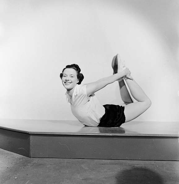 Yoga「Yoga Pose」:写真・画像(9)[壁紙.com]