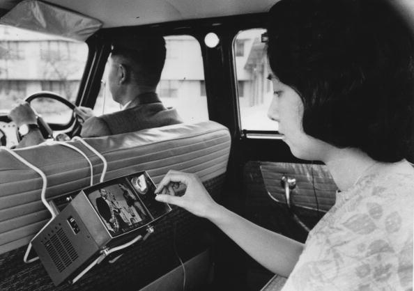 Invention「Car TV」:写真・画像(15)[壁紙.com]