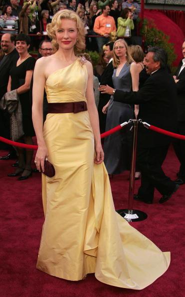 Academy Awards「77th Annual Academy Awards - Arrivals」:写真・画像(16)[壁紙.com]