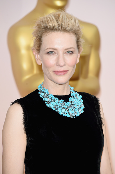 Necklace「87th Annual Academy Awards - Arrivals」:写真・画像(13)[壁紙.com]