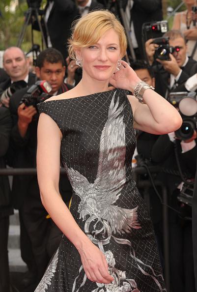 "Alexander McQueen - Designer Label「""Robin Hood"" Premiere - 63rd Cannes Film Festival」:写真・画像(4)[壁紙.com]"