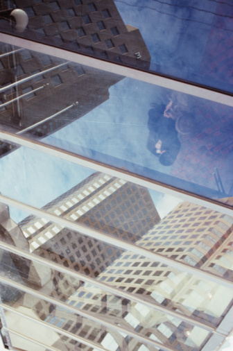 Skylight「View through windows in ceiling in Montreal, Quebec, Canada」:スマホ壁紙(12)