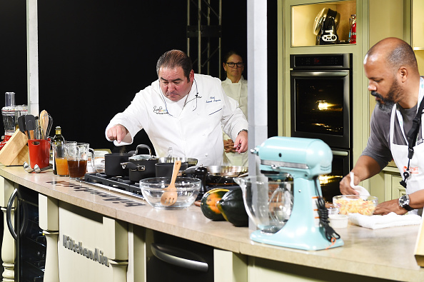 Larry Busacca「Grand Tasting Presented By ShopRite Featuring KitchenAid® Culinary Demonstrations Presented By MasterCard - Food Network New York City Wine & Food Festival Presented By FOOD & WINE」:写真・画像(10)[壁紙.com]