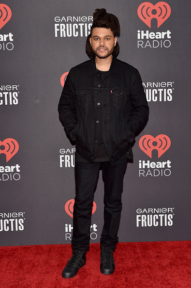 Fully Unbuttoned「2015 iHeartRadio Music Festival - Night 2 - Backstage」:写真・画像(8)[壁紙.com]