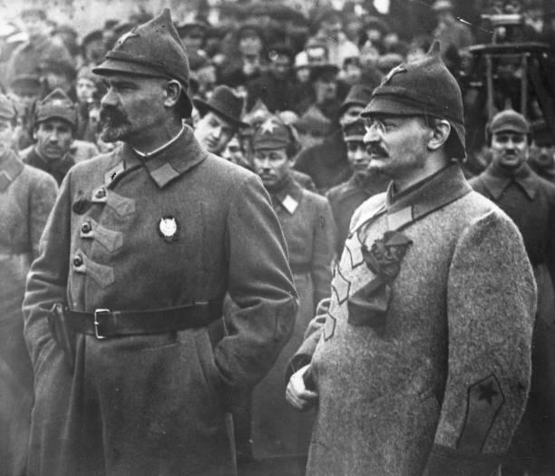 Trotsky And General:ニュース(壁紙.com)