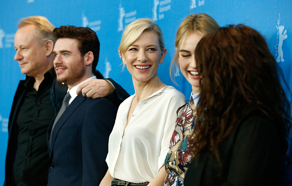 Cinderella - 2015 Film「'Cinderella' Photocall - 65th Berlinale International Film Festival」:写真・画像(19)[壁紙.com]