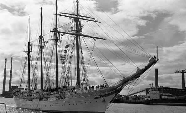 Leinster Province「Traning Vessel Juan Sebastian de Elcano 1988」:写真・画像(16)[壁紙.com]