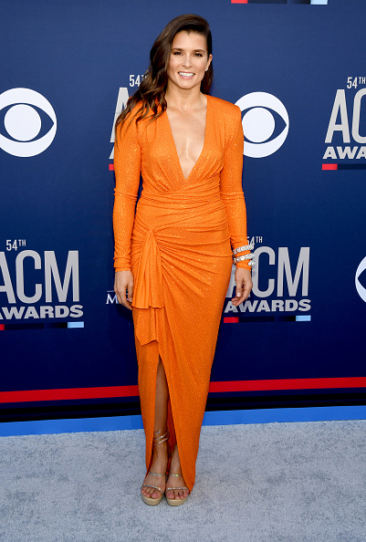 Long Sleeved「54th Academy Of Country Music Awards - Arrivals」:写真・画像(1)[壁紙.com]