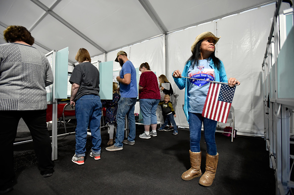 Nevada「Voters Across The Country Head To The Polls For The Midterm Elections」:写真・画像(9)[壁紙.com]