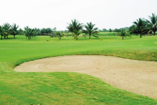 Sand Trap「Sand trap on golf course」:スマホ壁紙(10)