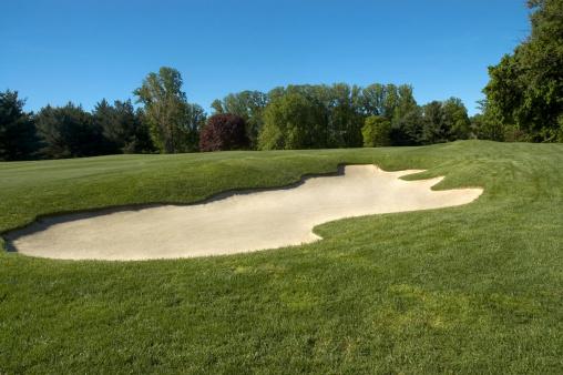 Off Target「Sand trap on golf course」:スマホ壁紙(19)