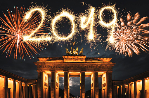 2019「ドイツで新年の花火」:スマホ壁紙(9)