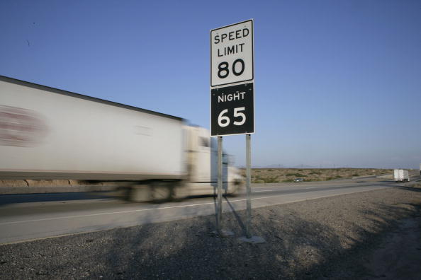 Rick Scibelli「Parts Of Texas Raise Speed Limit To 80, Nations Highest」:写真・画像(1)[壁紙.com]