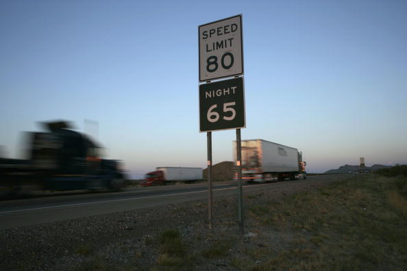 Rick Scibelli「Parts Of Texas Raise Speed Limit To 80, Nations Highest」:写真・画像(0)[壁紙.com]