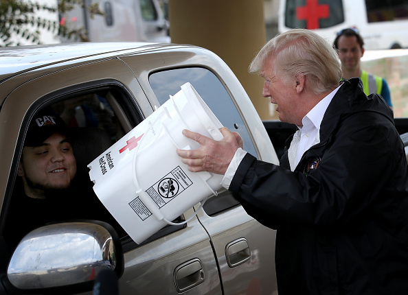 Visit「President Trump Visits Hurricane Harvey Flood Victims in Gulf Coast」:写真・画像(11)[壁紙.com]