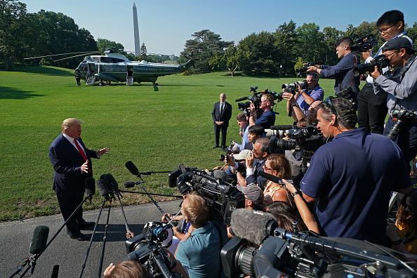 Journalist「President Trump Departs White House For Speech At Jamestown Settlement」:写真・画像(14)[壁紙.com]