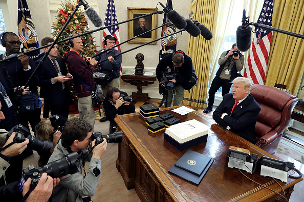 Reform「Donald Trump Signs Tax Reform And Jobs Bill Into Law At The White House」:写真・画像(15)[壁紙.com]