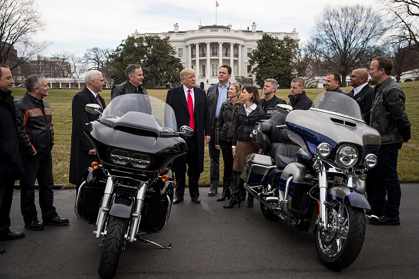 Harley-Davidson「President Trump Has Lunch With Harley Davidson Executives And Union Reps」:写真・画像(9)[壁紙.com]