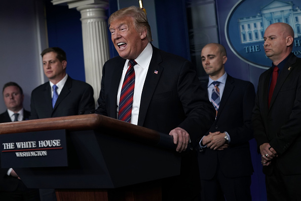 Visit「President Trump Holds Press Briefing With Border Patrol And ICE Agents」:写真・画像(18)[壁紙.com]