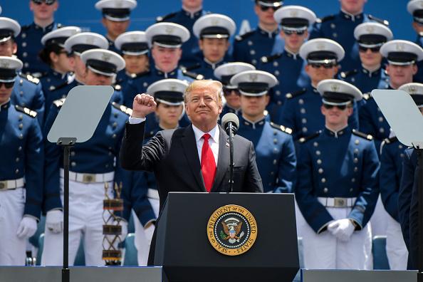 Cadet「President Trump Delivers Remarks At US Air Force Academy Graduation Ceremony」:写真・画像(11)[壁紙.com]