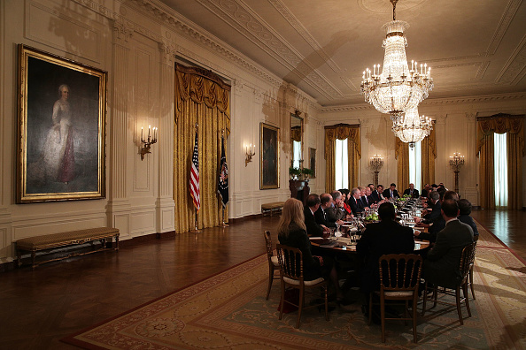 East Room「President Trump Meets With House Deputy White Team At The White House」:写真・画像(11)[壁紙.com]