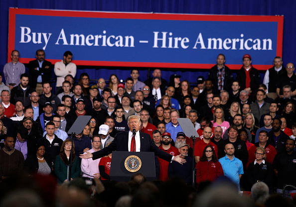 Occupation「President Trump Speaks At American Center For Mobility In Ypsilanti, Michigan」:写真・画像(13)[壁紙.com]
