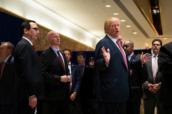 アメリカ合州国「President Trump Speaks On Infrastructure Meeting Held At Trump Tower」:写真・画像(9)[壁紙.com]