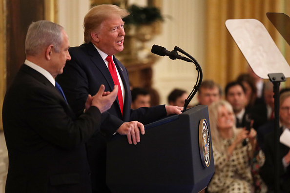 Middle East「President Trump Meets With Israeli PM Netanyahu At The White House」:写真・画像(1)[壁紙.com]