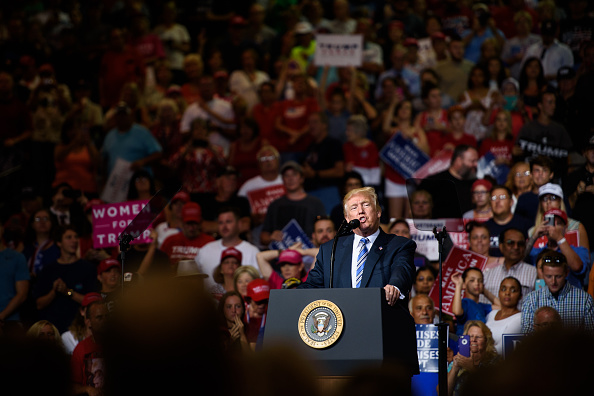 Huntington - West Virginia「President Trump Holds Rally In Huntington, West Virginia」:写真・画像(15)[壁紙.com]