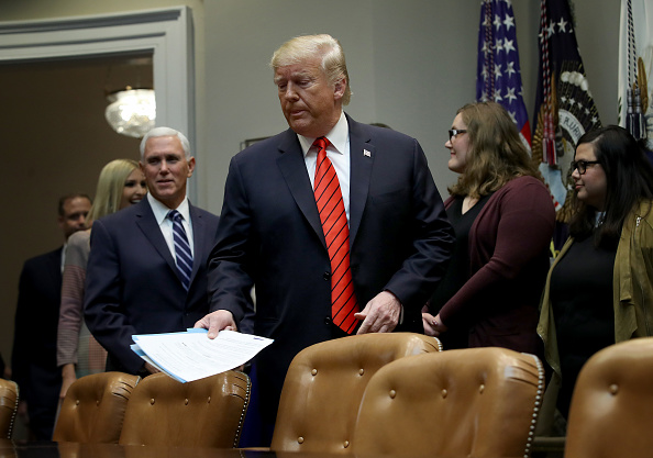 Win McNamee「President Trump Congratulates Astronauts For First All-Women's Spacewalk」:写真・画像(2)[壁紙.com]