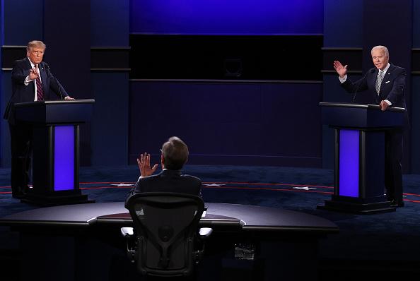 大統領選候補者討論会「Donald Trump And Joe Biden Participate In First Presidential Debate」:写真・画像(2)[壁紙.com]