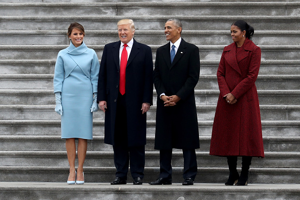 Standing「Donald Trump Is Sworn In As 45th President Of The United States」:写真・画像(0)[壁紙.com]