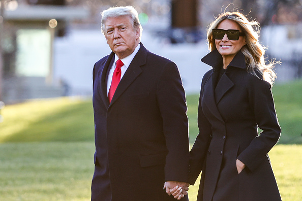 South Lawn「President Trump Departs White House For Holiday Break In Florida」:写真・画像(16)[壁紙.com]