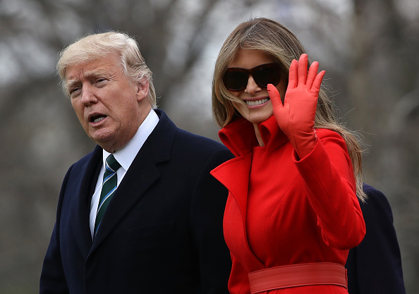 Horizontal「President Trump, First Lady, And Son Barron Depart White House En Route To Mar-a-Lago For Weekend」:写真・画像(8)[壁紙.com]