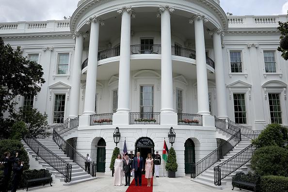 King Abdullah II of Jordan「President Trump Welcomes King Abdullah And Queen Rania Of Jordan To White House」:写真・画像(14)[壁紙.com]
