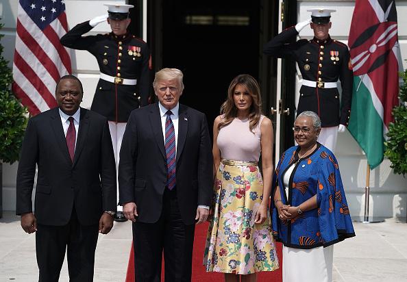 Alex Wong「President Trump Welcomes Kenyan President Kenyatta To The White House」:写真・画像(3)[壁紙.com]