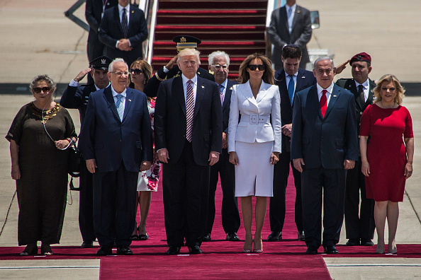 Standing「Israel Welcome US President Donald Trump」:写真・画像(19)[壁紙.com]